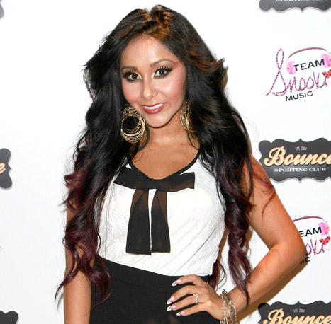 1365688975_snooki-article